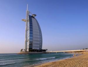 DUBAI-LANDMARKS-Burj-Al-Arab-800x532